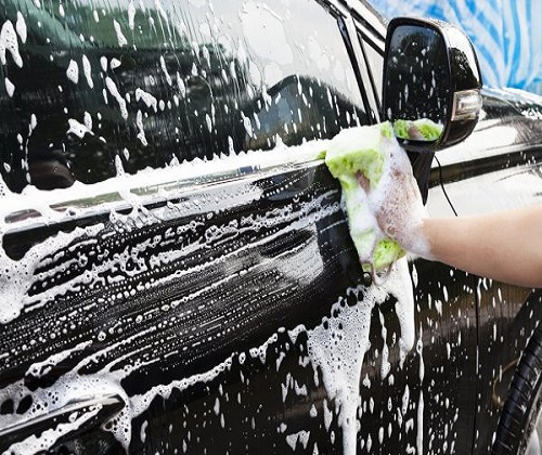 FULL CAR EXTERIOR CLEANING